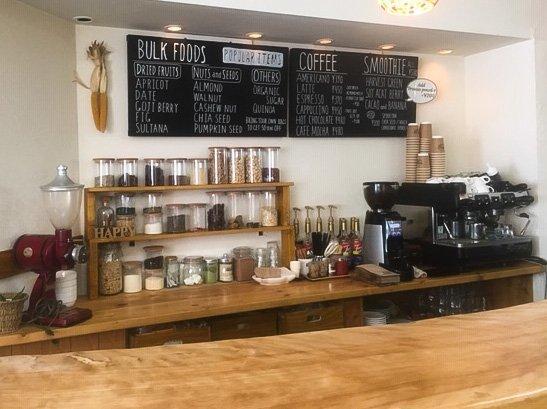 北海道倶知安町のハーベストカフェの店内