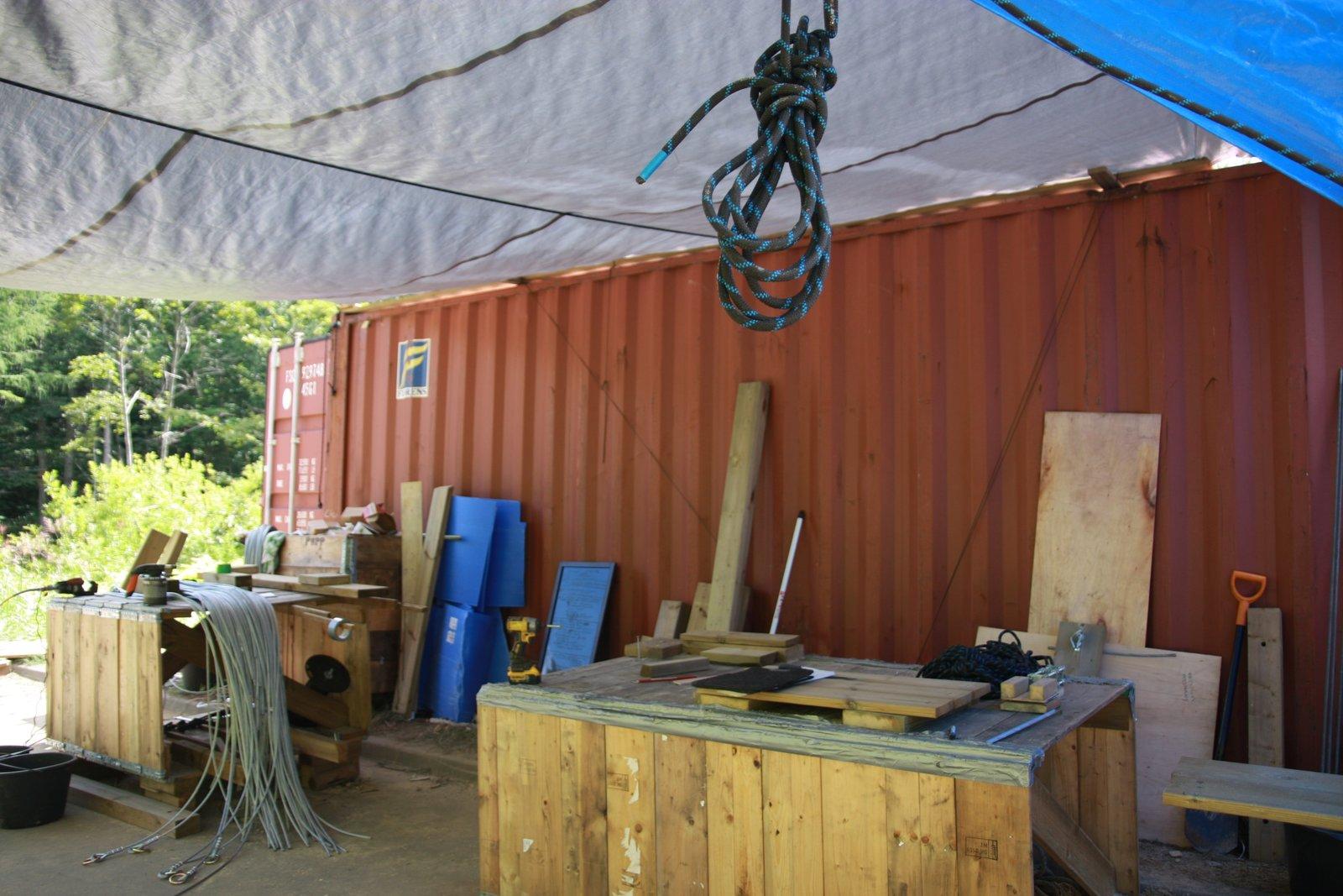 ツリートレッキングコース建設のための資材置き場