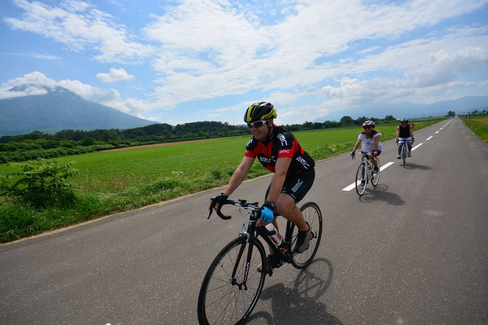 niseko sports road bike rental
