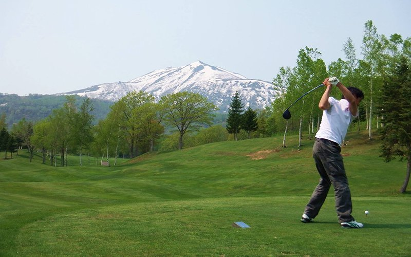 joe sugano hanazono golf summer niseko japan