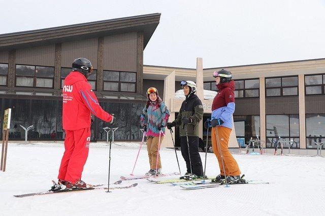 花園度假村 NISS 滑雪課程