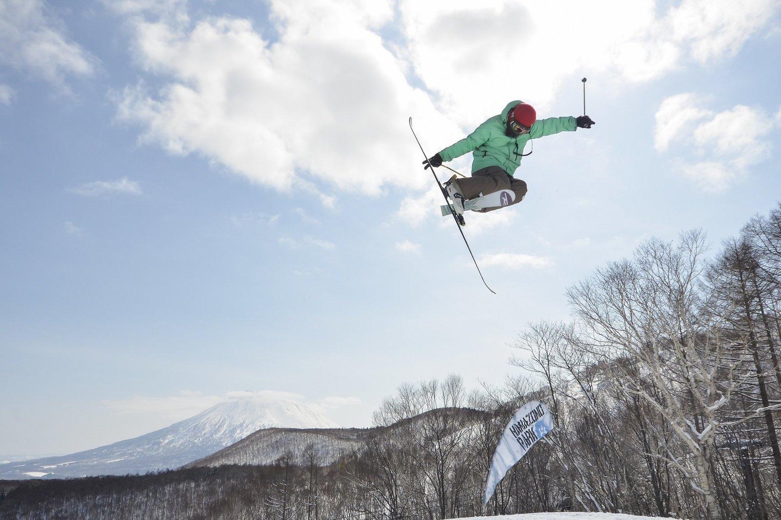 A skier jumping in Niseko Hanazono Terrain Park