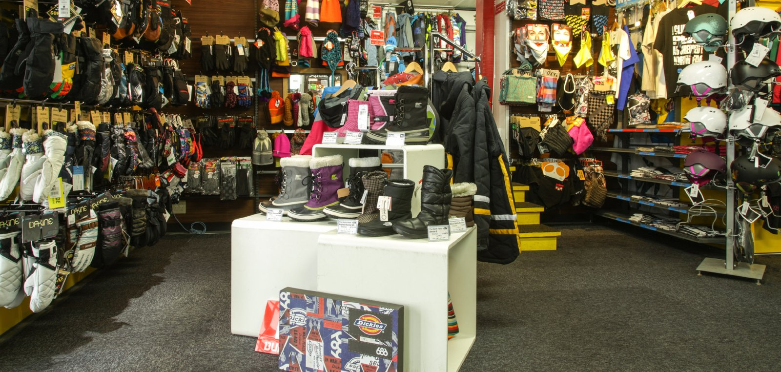 Niseko sports retail large