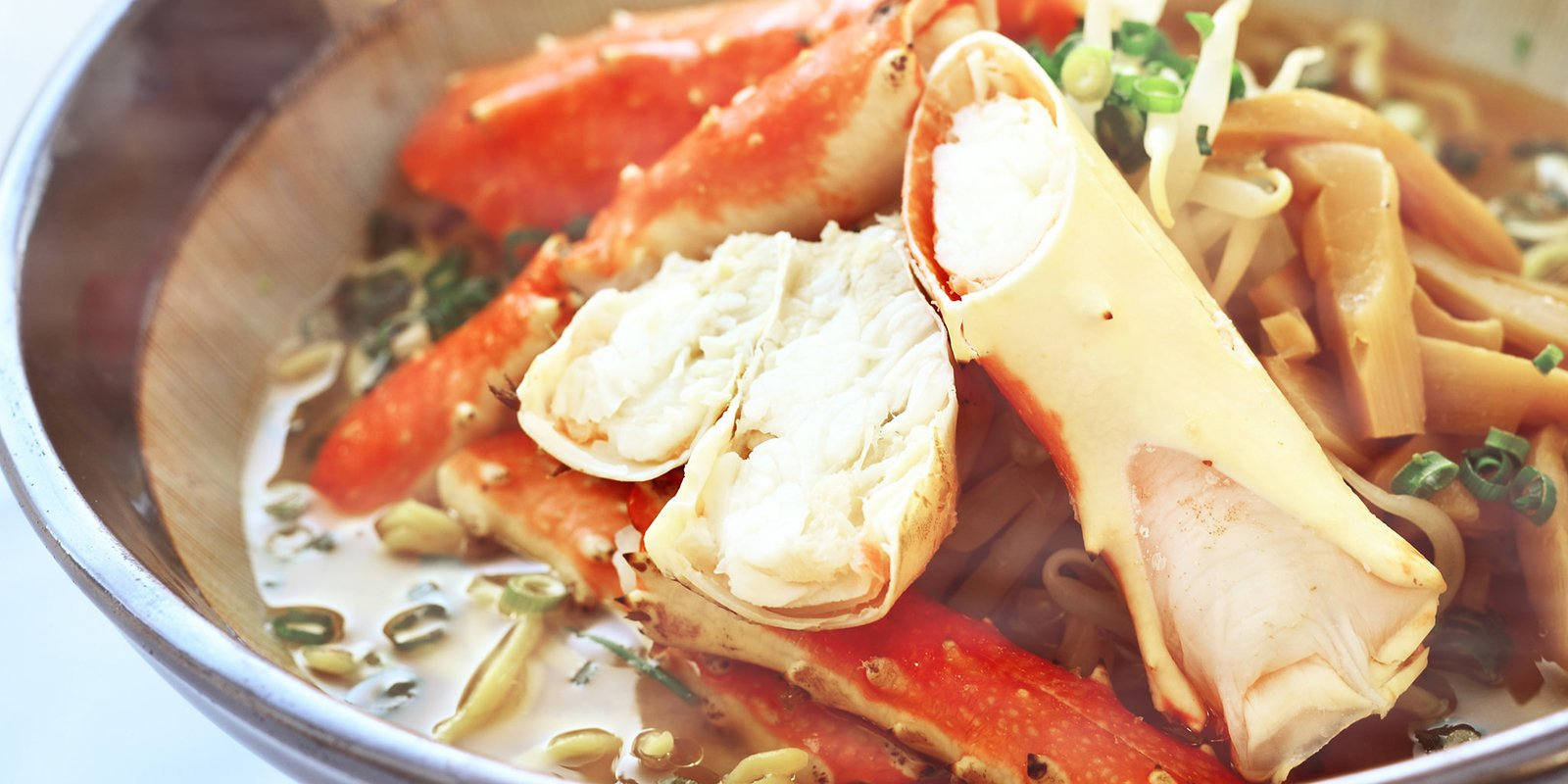Hanazono 308 crab ramen large