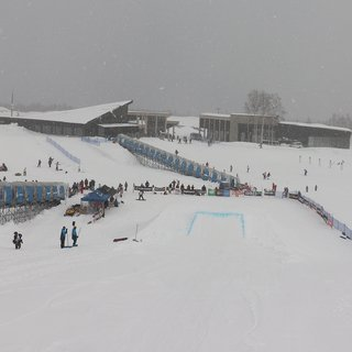 Hanazono niseko new year fun jump small